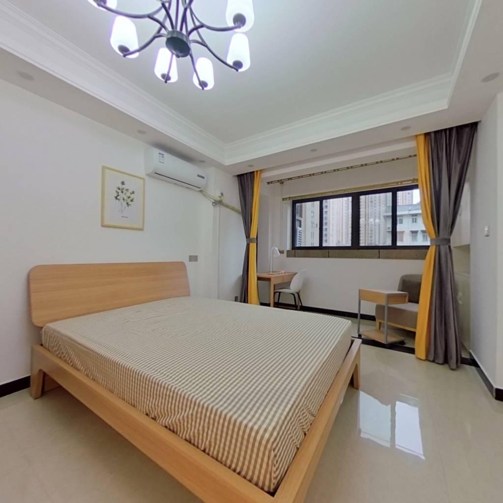 合租·阳光城十里新城 4室1厅 北卧室图