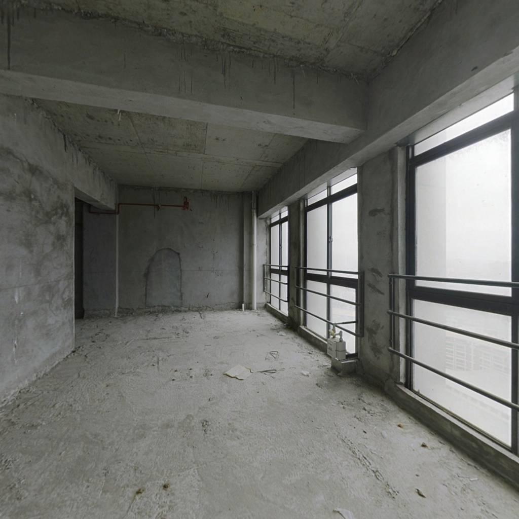 德惠,113,复式楼,采光好,物业配套齐全