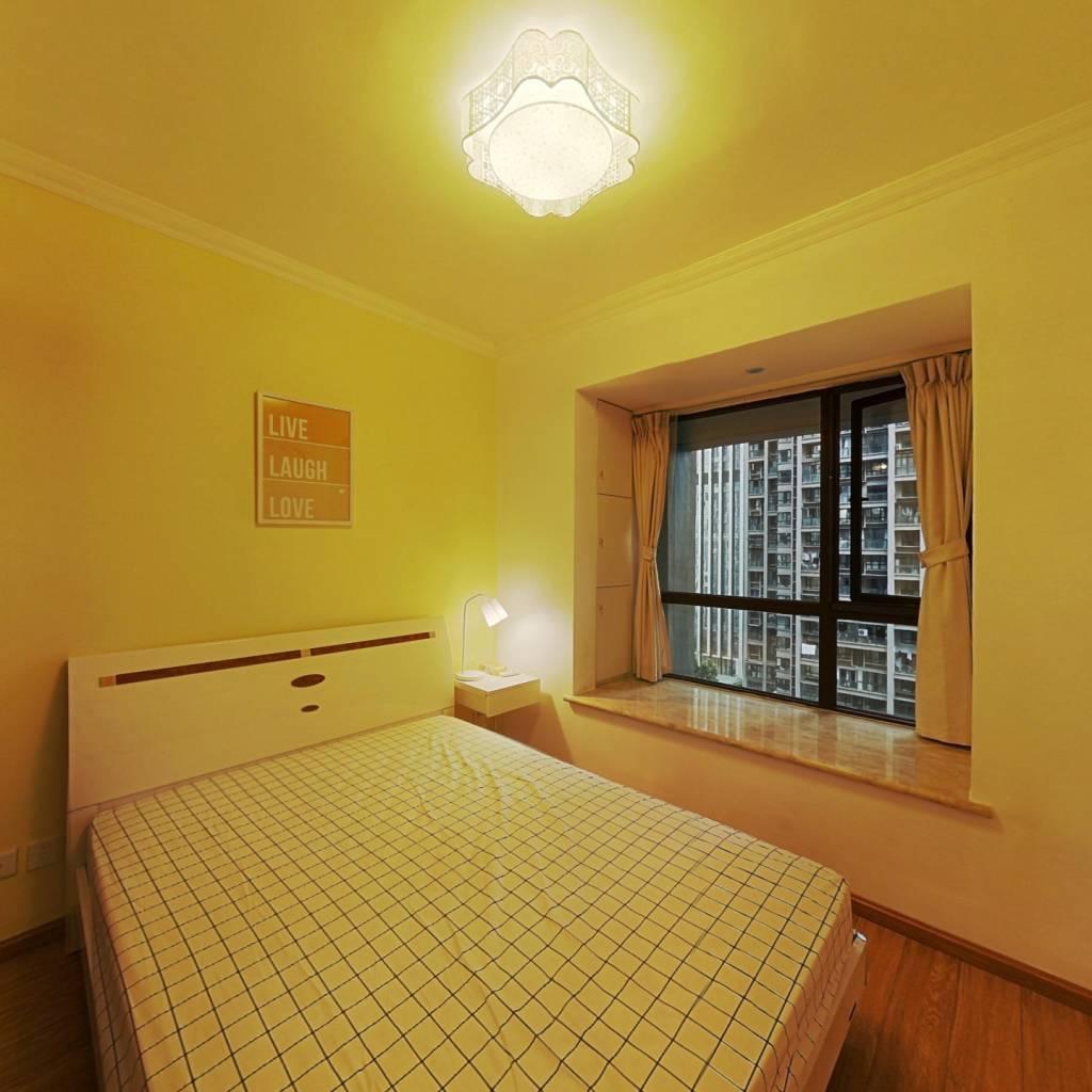 合租·金牛万达C组团 3室1厅 南卧室图