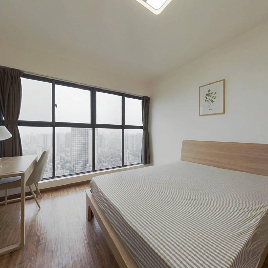合租·西锦国际三期 3室1厅 东卧室图