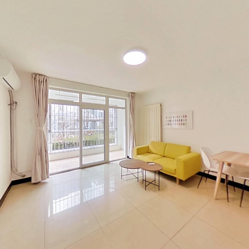 合租·北京青年城 3室2厅 南卧室图