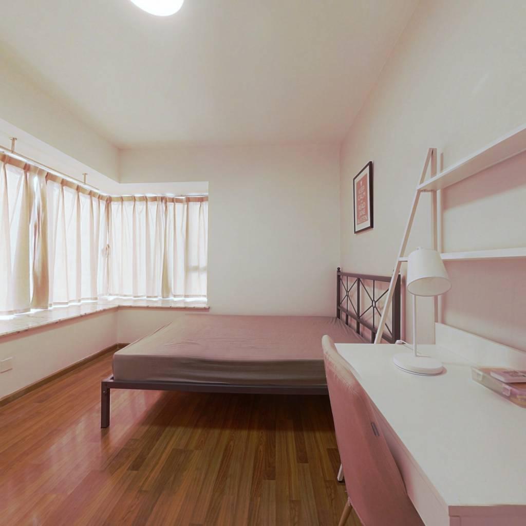 合租·汇融名城B区 3室1厅 西卧室图