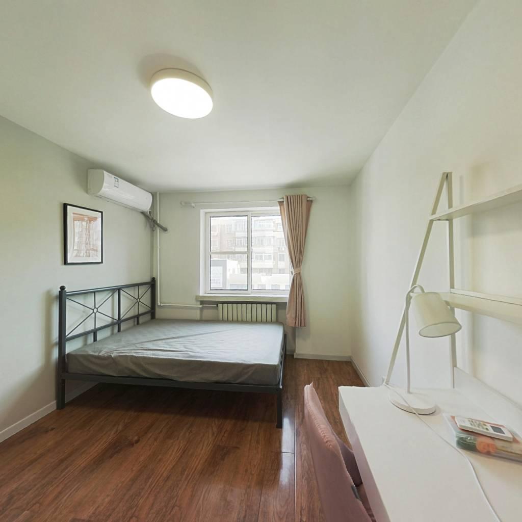 合租·长华里 3室1厅 南卧室图