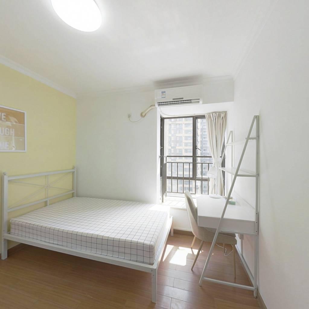 合租·珠江旭景佳园 4室1厅 南卧室图