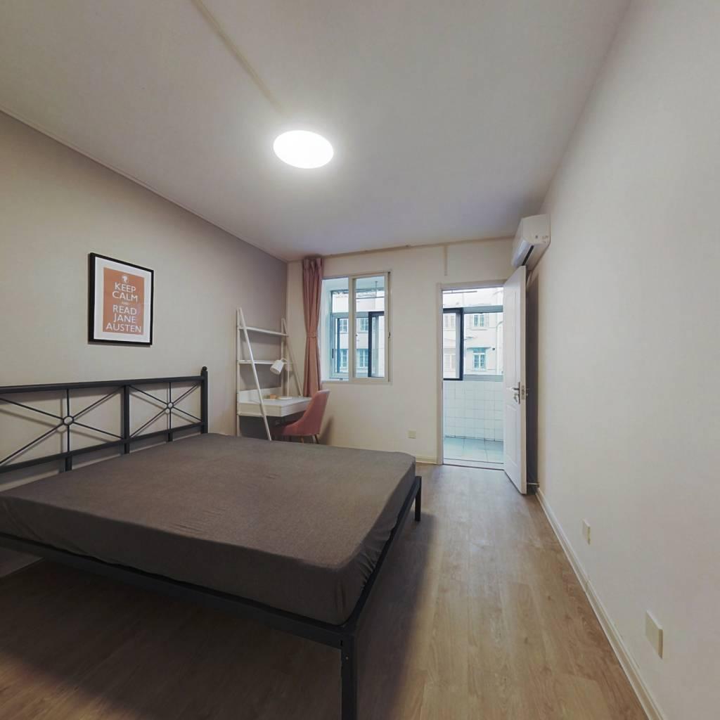 合租·树园 3室1厅 南卧室图