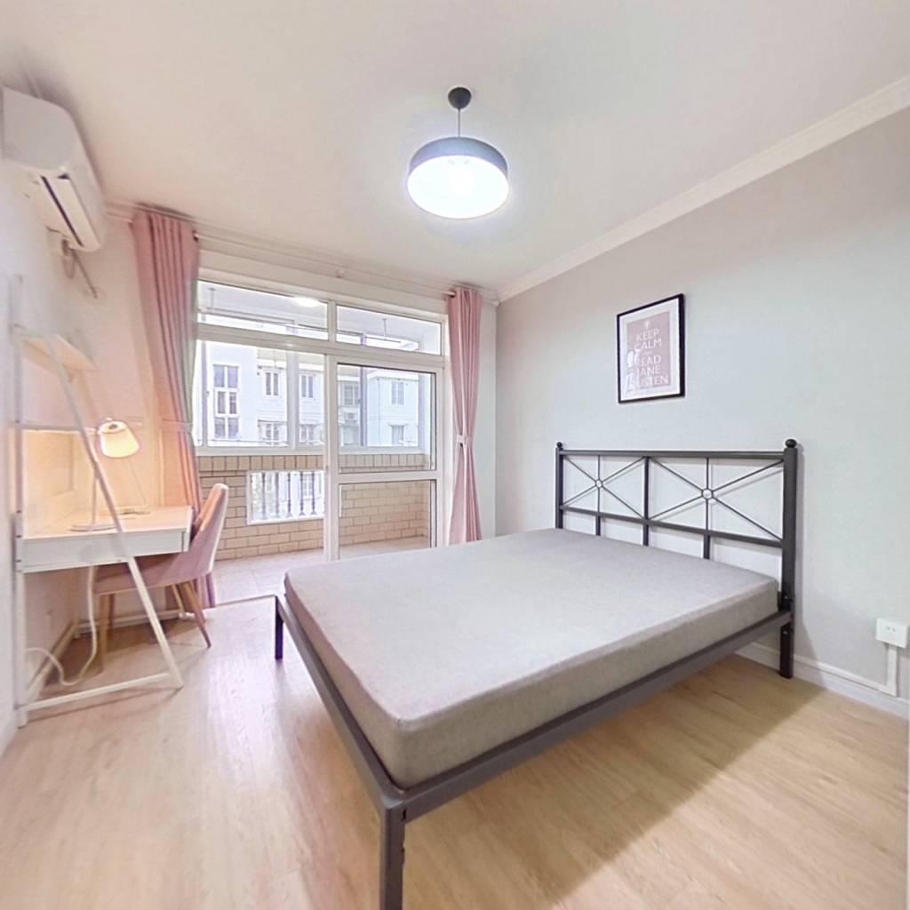 合租·玉华苑 3室1厅 南卧室图