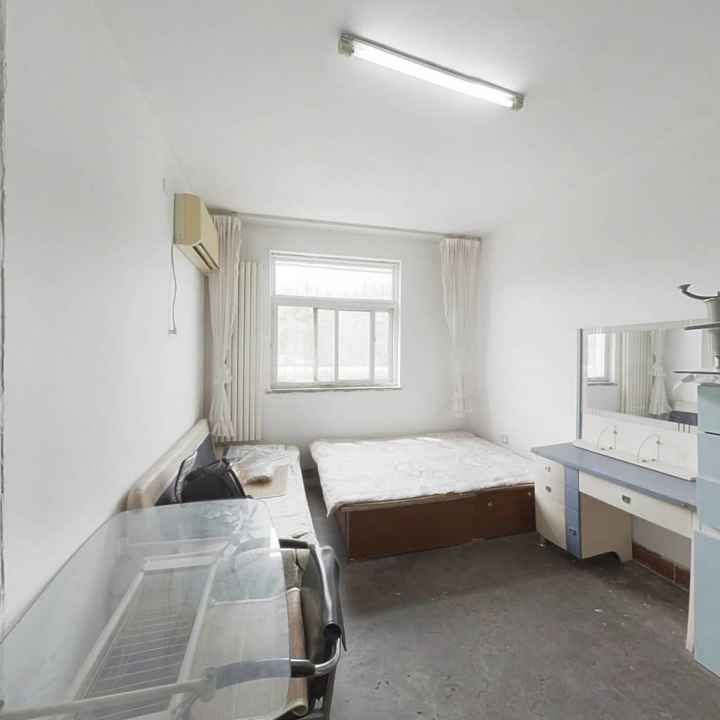 双安里 二楼 简装 屋内干净 过五年  70年产权