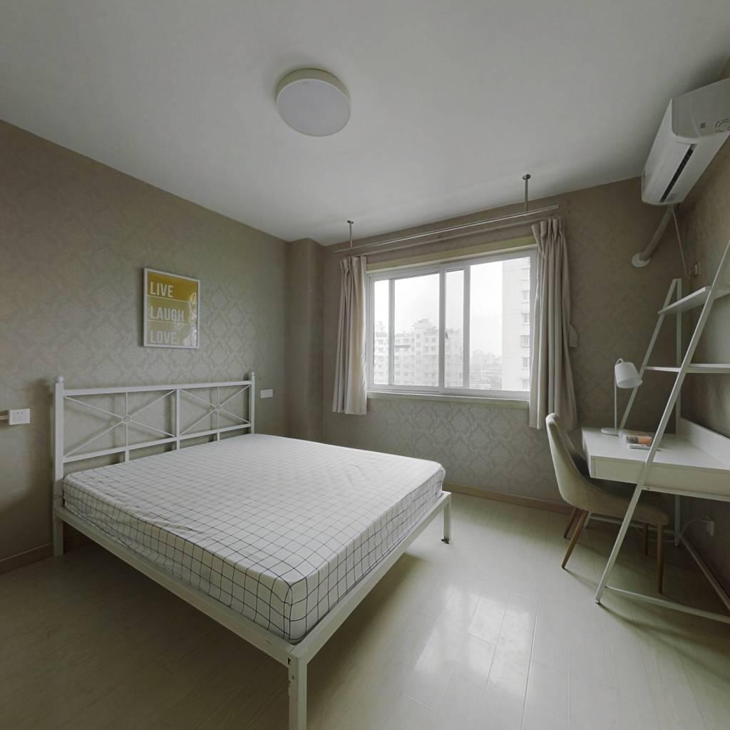 合租·都市水乡水滟苑 3室1厅 东卧室图
