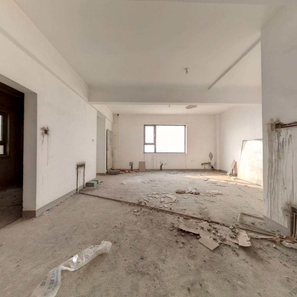 瑞海姆公寓毛坯房复式视野好无遮挡