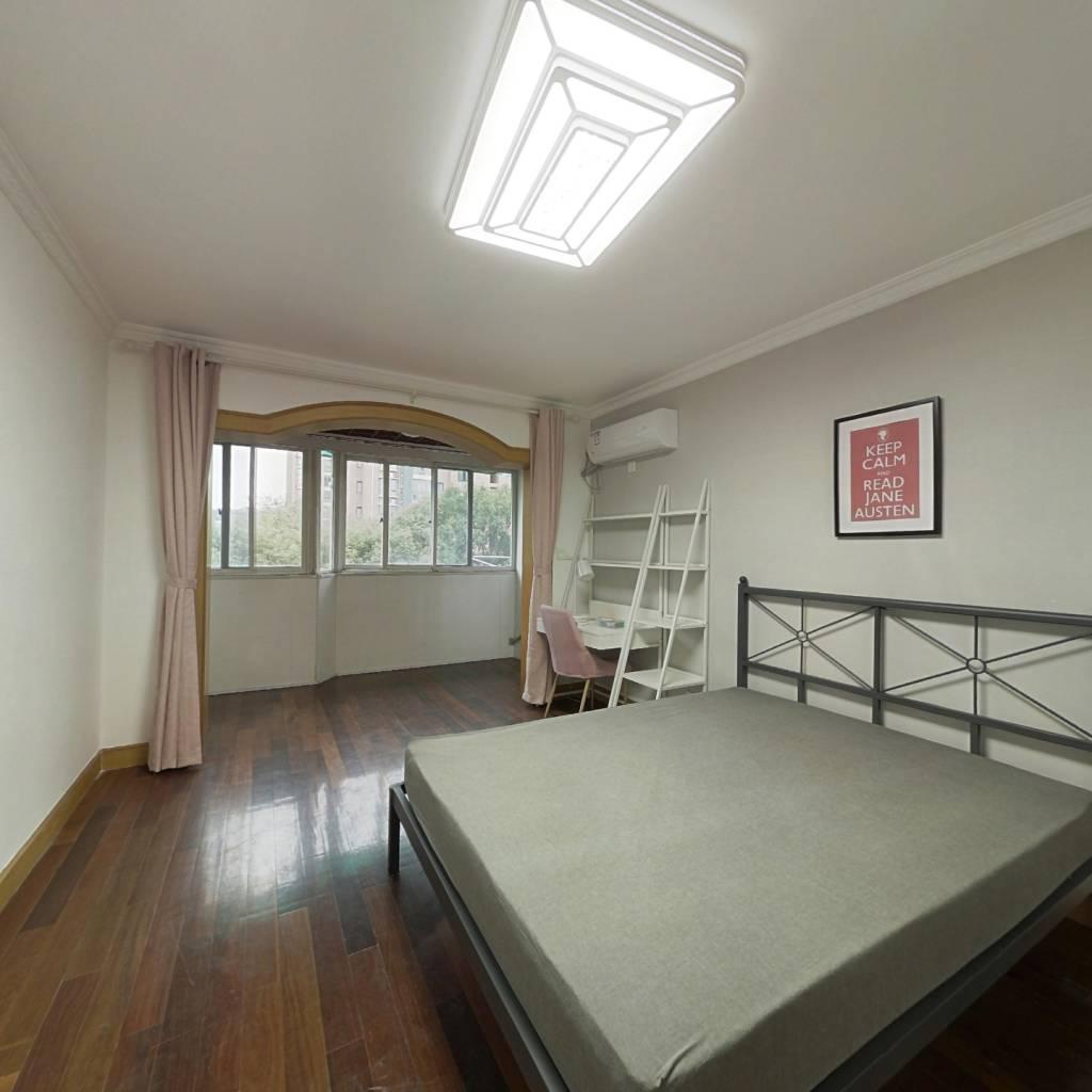 合租·茂盛城市花园 3室1厅 东卧室图