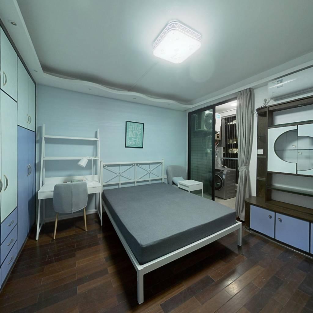 合租·天誉花园 5室1厅 西卧室图