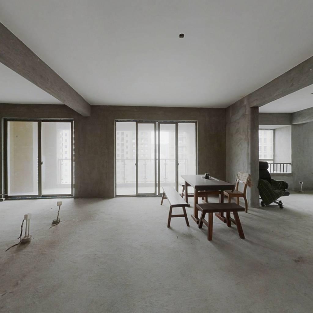 贵安贵府苑 150平大四房仅105万 品质小区高层 满二