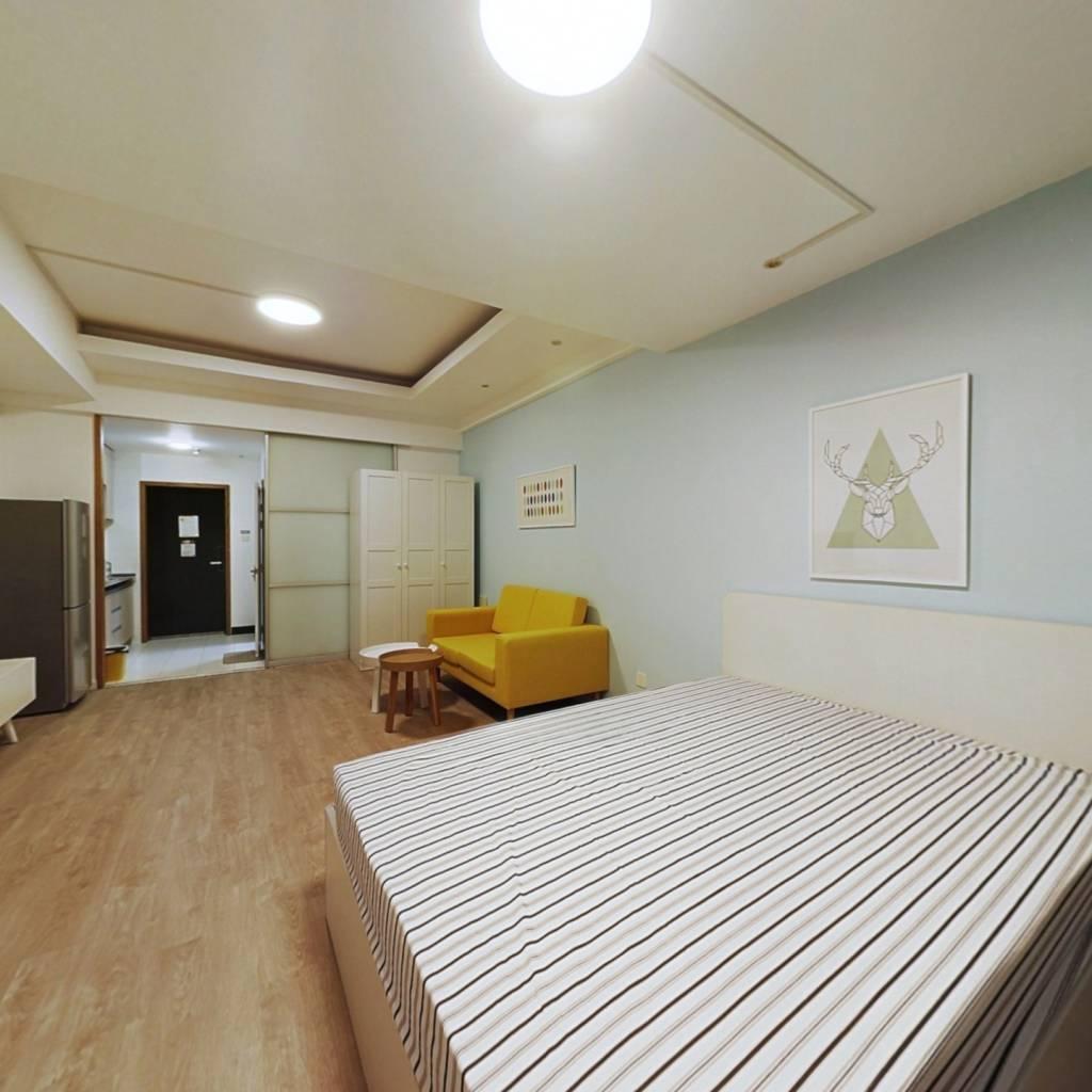 整租·丽晶国际 1室1厅 东北卧室图