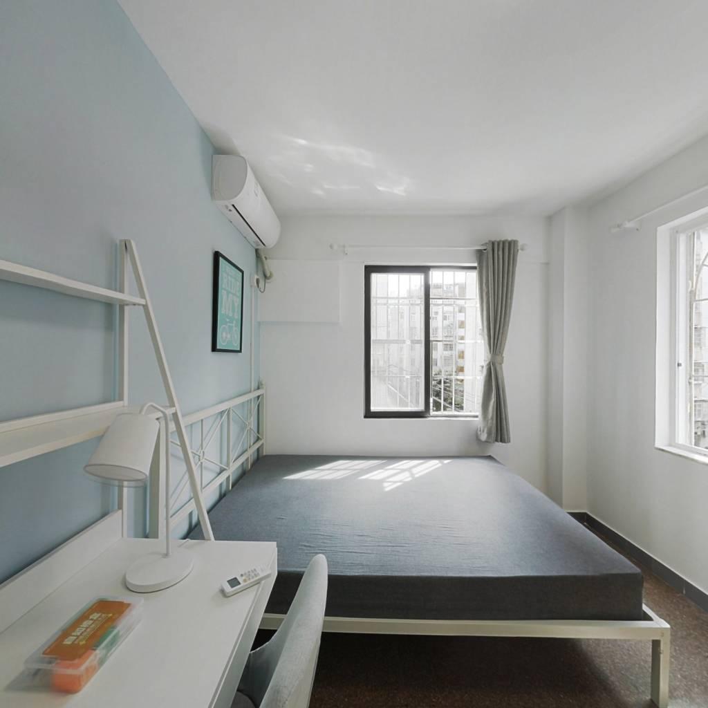 合租·如意花园 3室1厅 东北卧室图