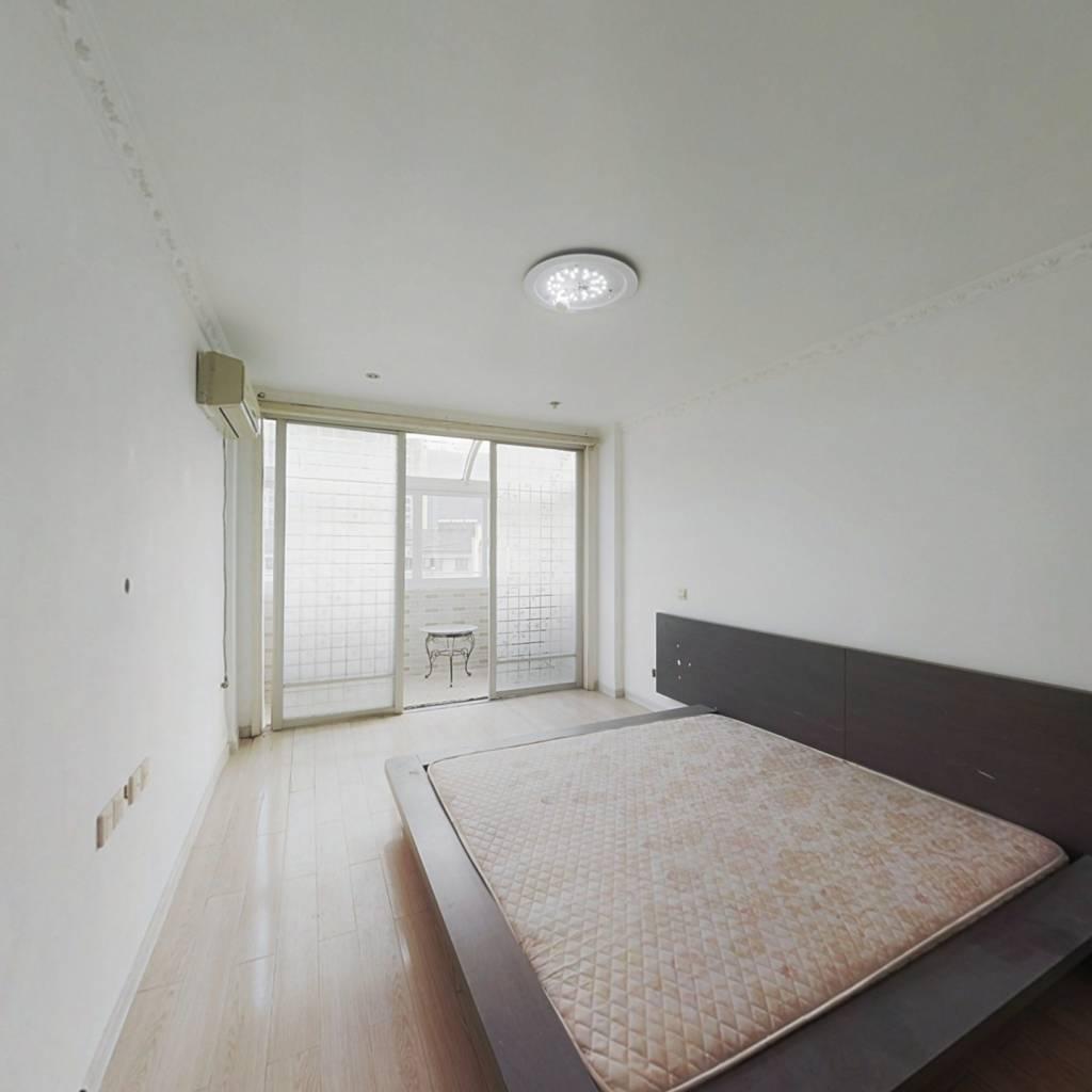 惠峰新村精装  可拎包入住 随时看房 单价低