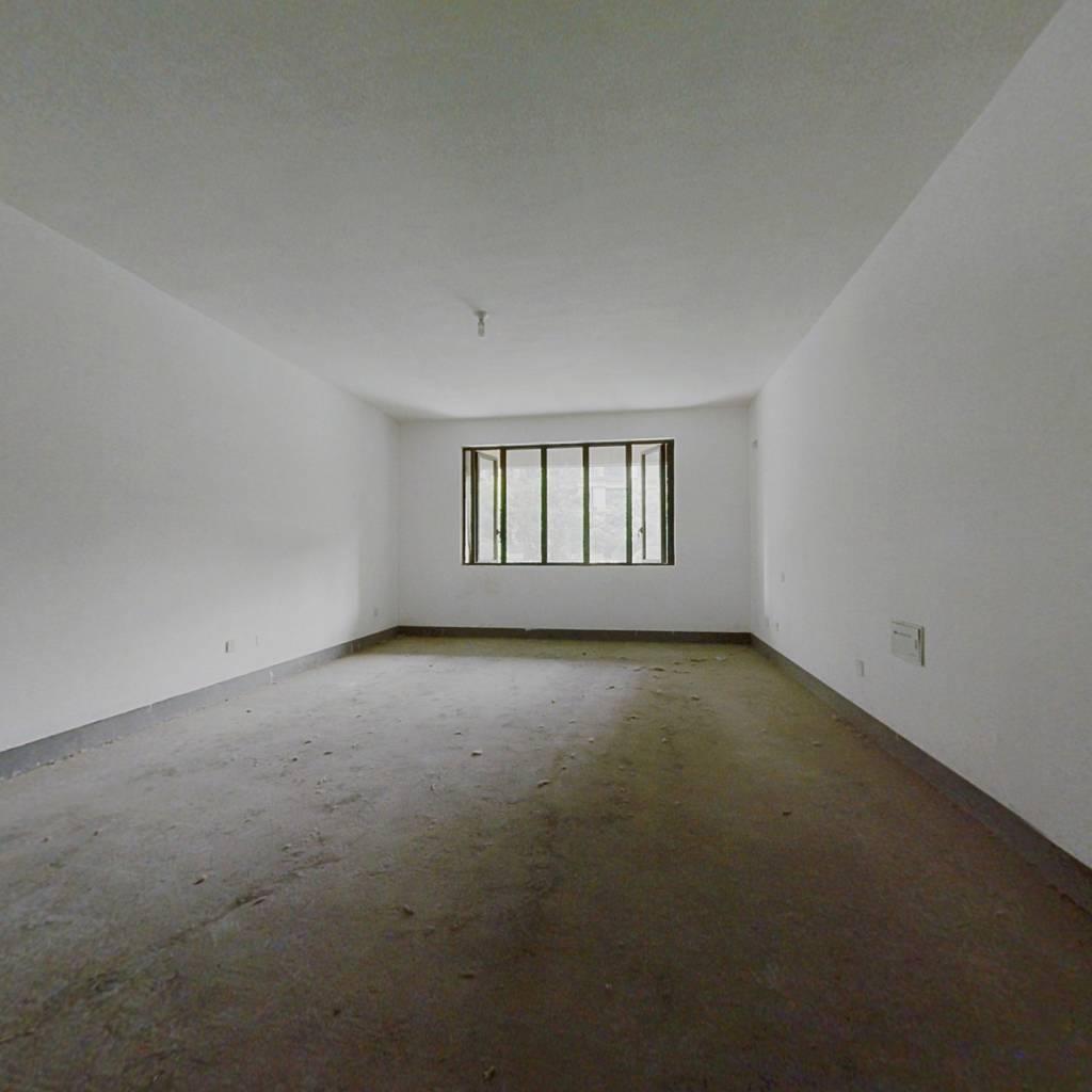 绿地海珀紫庭六室底越,诚心出售价格可谈