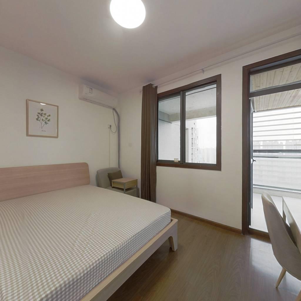 合租·澳龙名城 3室1厅 西卧室图