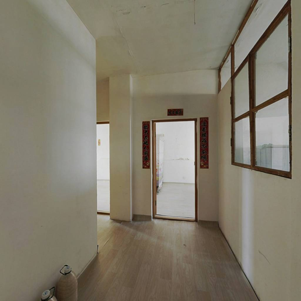 清水装修交付,两室,南北通透向户型