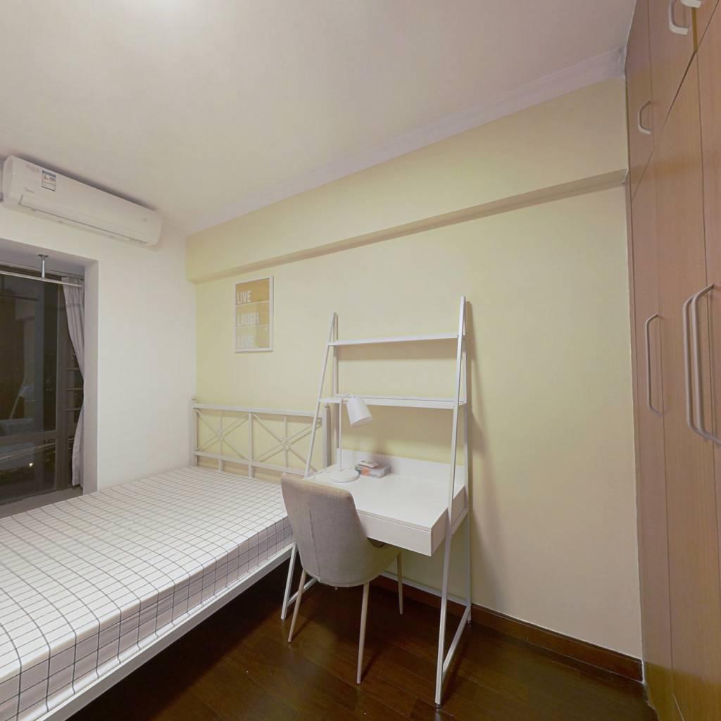 合租·天河峰景大厦 5室1厅 南卧室图