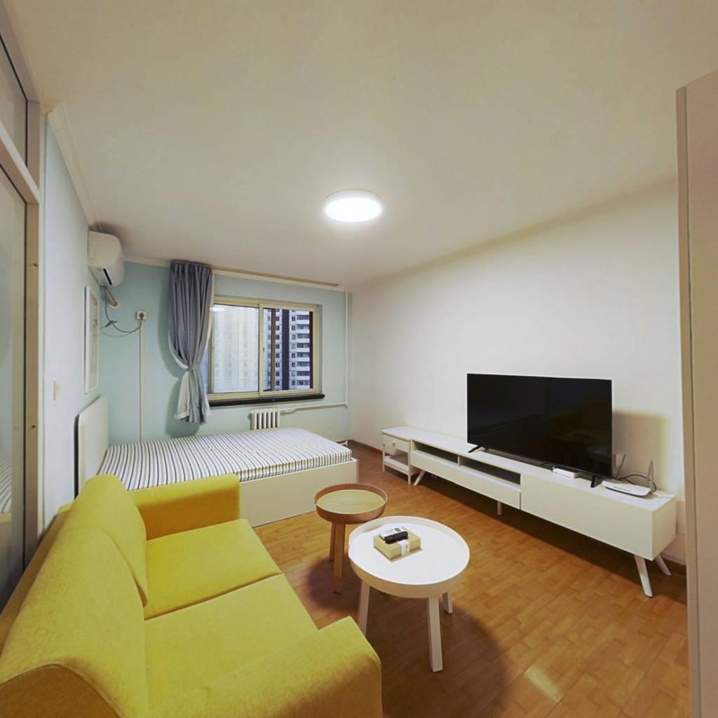 整租·芳城园一区 2室1厅 东南卧室图