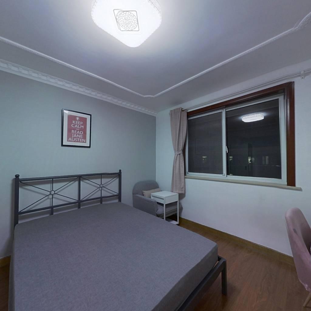 合租·由由三村 3室1厅 南卧室图