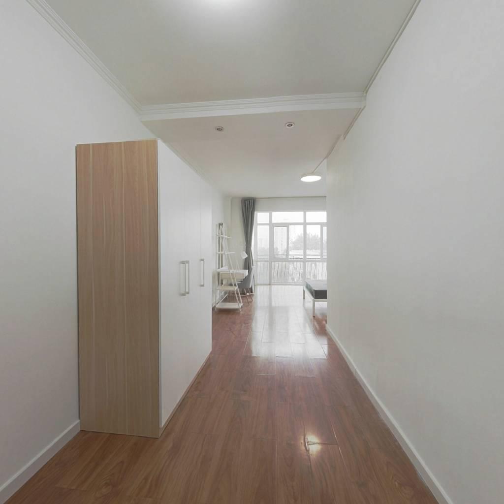 合租·宏嘉丽园 3室1厅 东卧室图