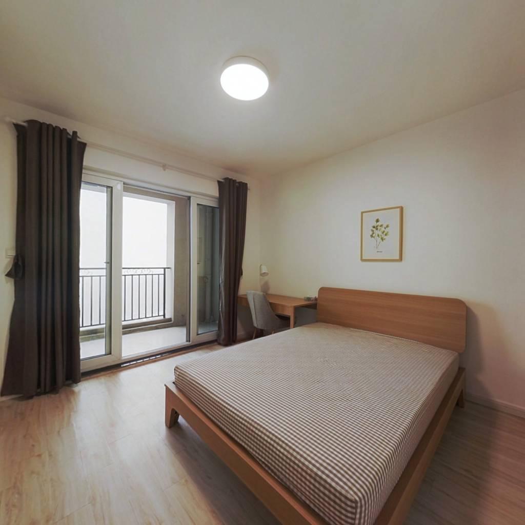 合租·威尼斯水城第十二街区 3室1厅 南卧室图