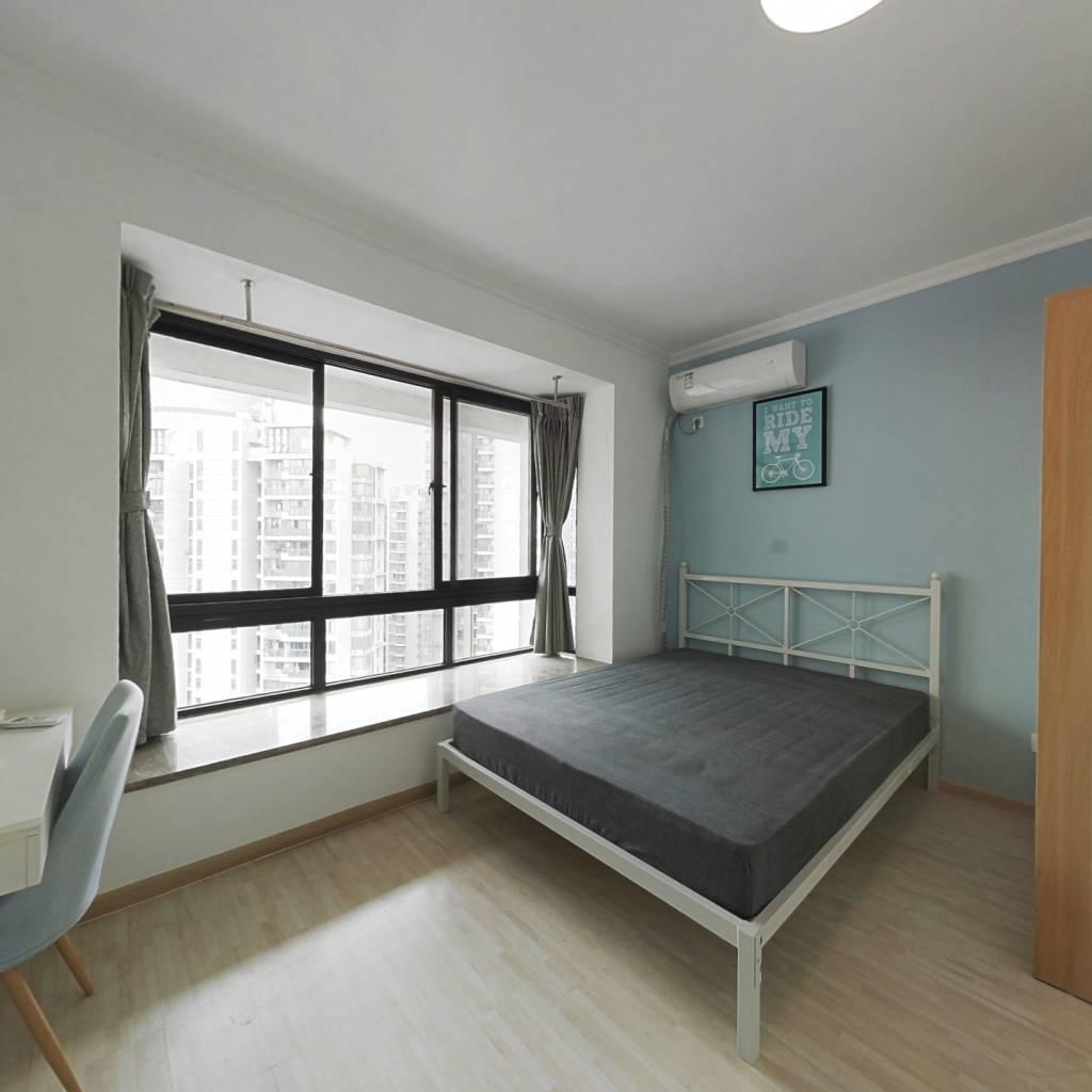 合租·上行汇锦 4室2厅 南卧室图
