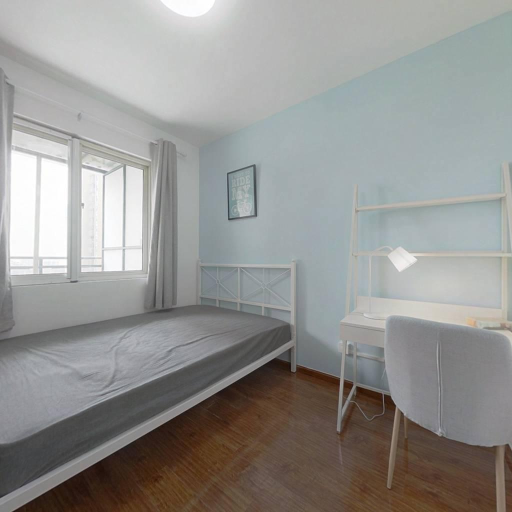 合租·西岸观邸 4室1厅 西北卧室图