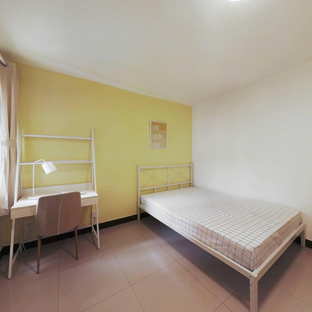 合租·仙居雅苑 4室1厅 南卧室图