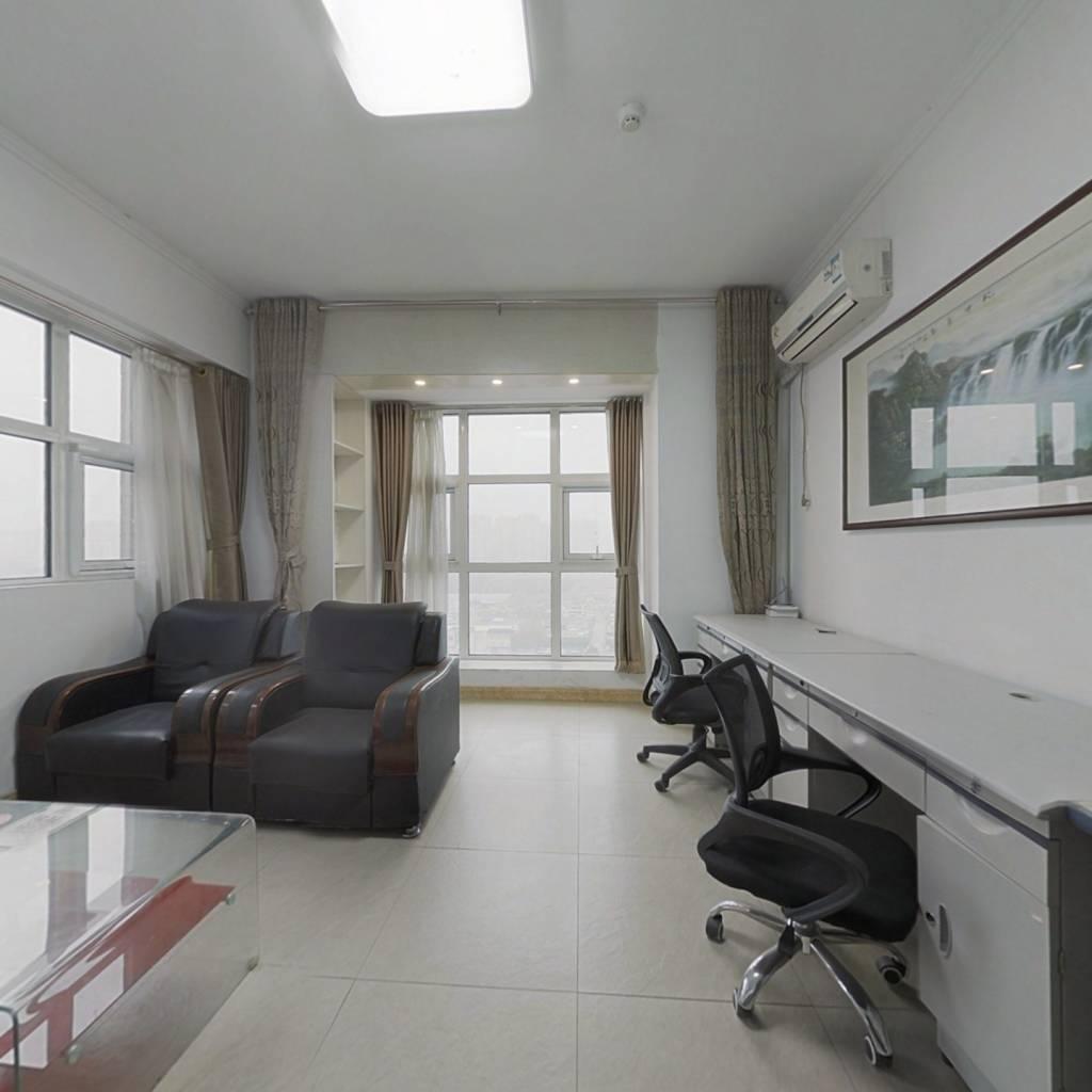 经十路 乐梦公寓 两面带窗户 采光好 敞亮 办公