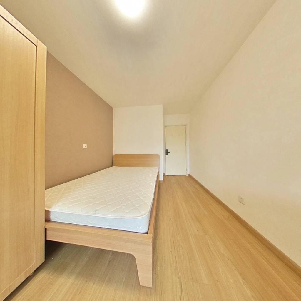合租·芳怡园 3居室 南卧