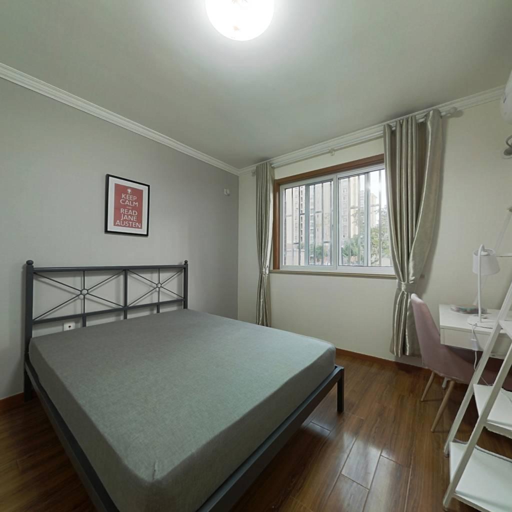 合租·塘泾北苑 3室1厅 南卧室图