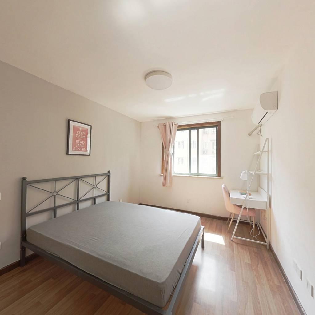合租·东盛公寓 3室1厅 南卧室图