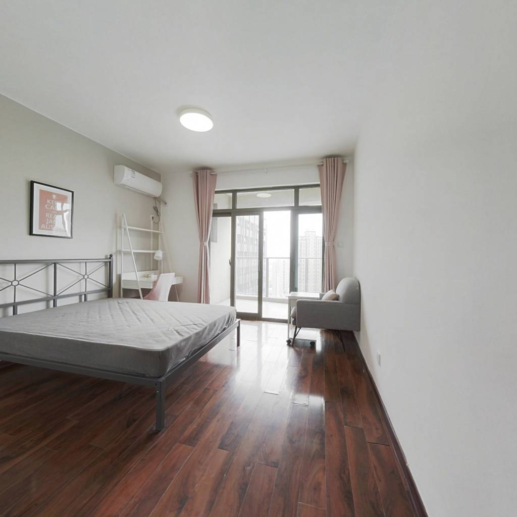 合租·红街公寓 4室1厅 南卧室图