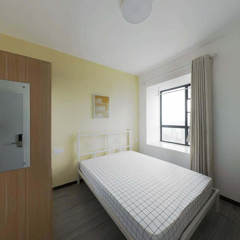 合租·群建星城 3室1厅 南卧室图