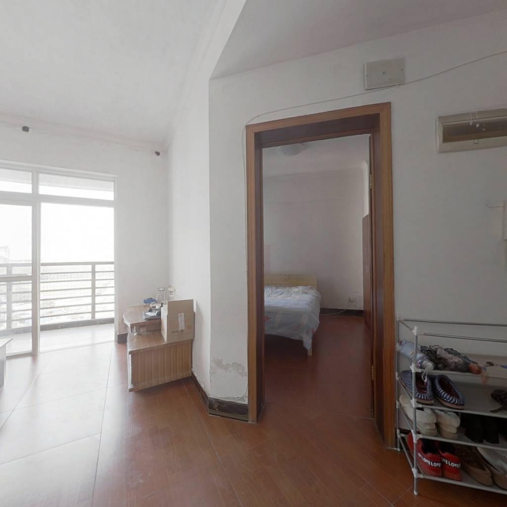 地铁口武汉东湖学院一室一厅,带装修,业主诚心