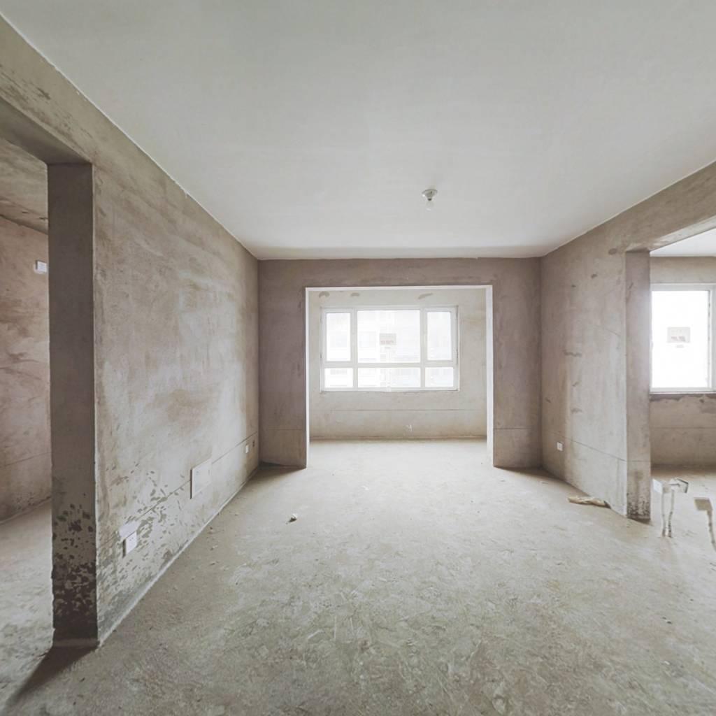 阳光丽景此房源为毛坯带地下储藏室87平方52万