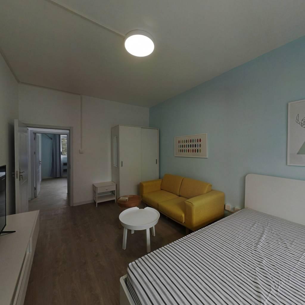 整租·团结湖中路南一条 2室1厅 南北卧室图