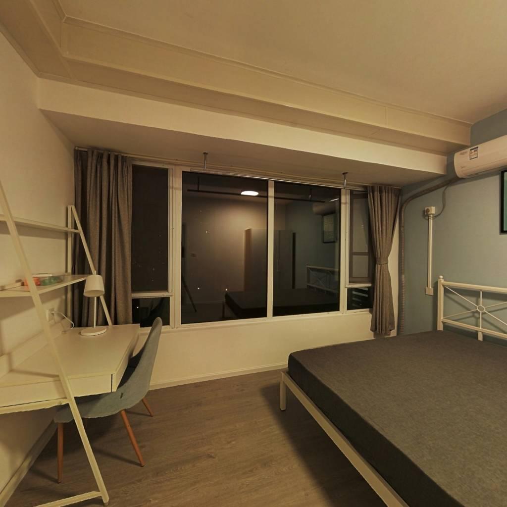 合租·保利锦湖林语南区 5室1厅 东卧室图