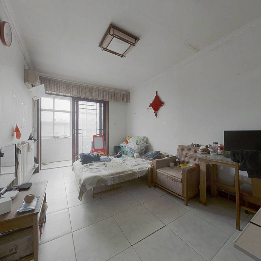南村六区大三室 通风采光兼优 小房和传达室带着