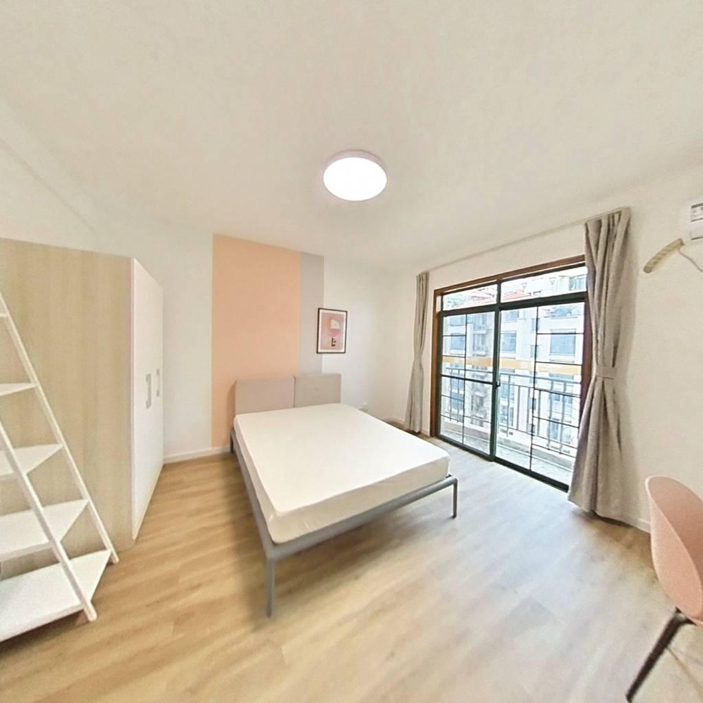 合租·南国明珠一期 4室1厅 东卧室图