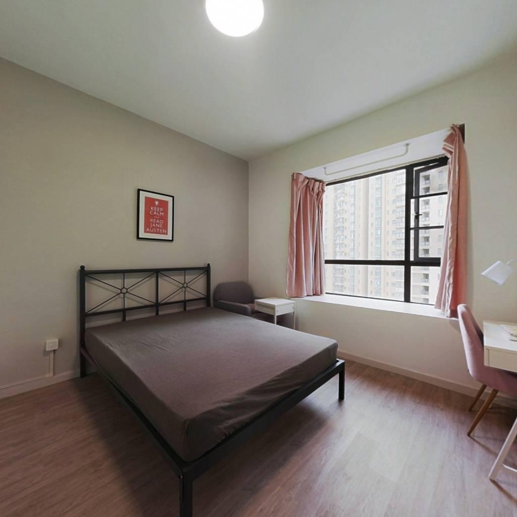 合租·葛洲坝华庄 5室1厅 北卧室图