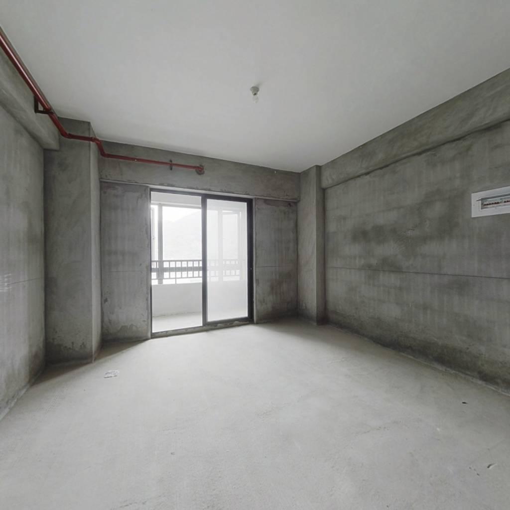 鼓楼西、复式公寓、方正、敞亮、便宜