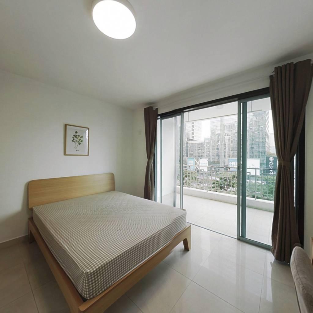 合租·滨海之窗 4室1厅 西卧室图