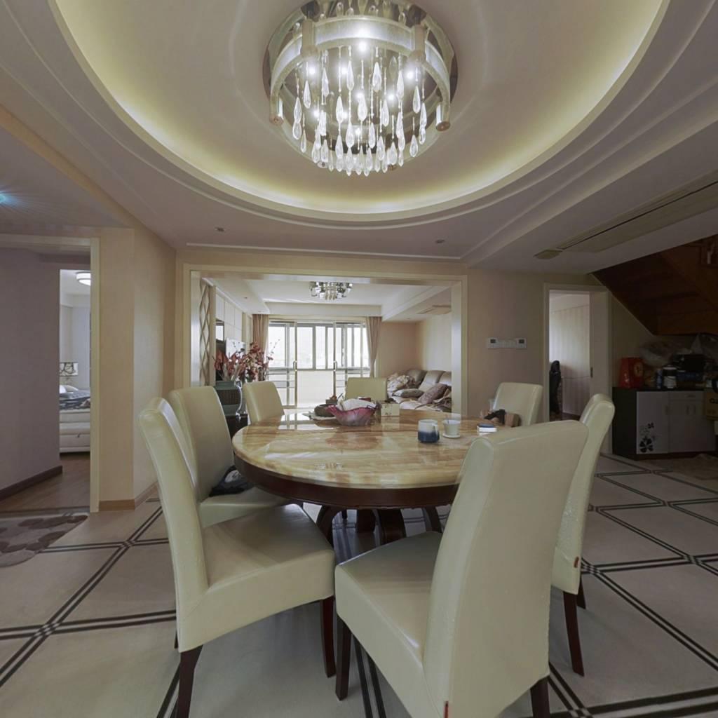 此房精装修,业主也是诚心出售,南长街和侨谊,..
