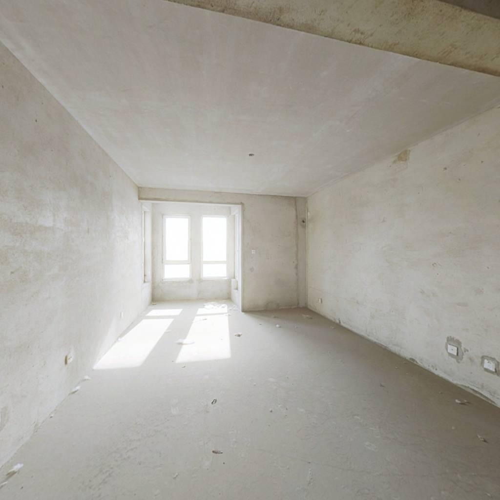 泰盈七里香堤 4室2厅 南 北