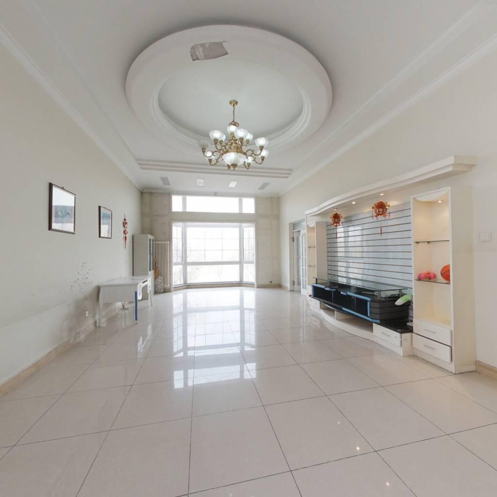 萬泉新新家園二期,客廳挑高4.2米,四間臥室全朝南