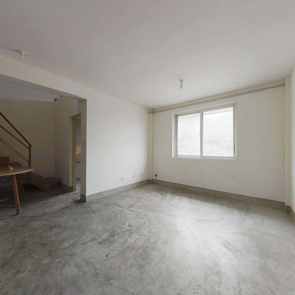 王榭新村 4室2厅 南