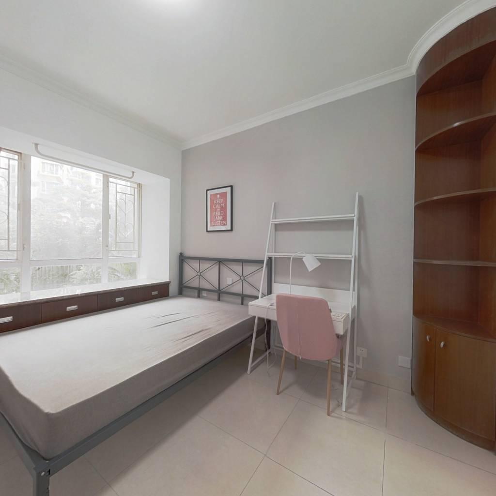 合租·桂芳园五期 4室1厅 东卧室图